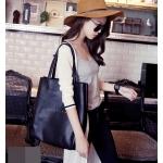 [ Pre-Order Hi-End ] - กระเป๋าแฟชั่นนำเข้า สไตล์เกาหลี สีดำคลาสสิค หนังอัดลายเท่ๆ + กระเป๋าลูกใบกลาง ดีไซน์เรียบหรู ทรง Shopping งานหนังคุณภาพดี สาวๆห้ามพลาด