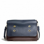 สินค้ามือสอง กระเป๋าผู้ชาย COACH รุ่น Bleecker Colorblock Leather Large Messenger F70990