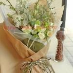 ช่อดอกไม้ สไตล์ญี่ปุ่น ดูหรูหรา เน้นโทนสีอ่อน