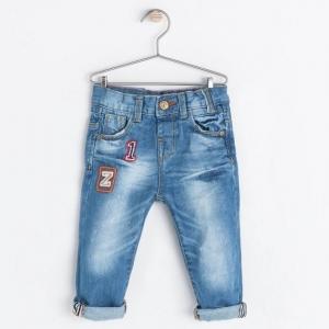 ZARA กางเกงยีนส์ขายาว ฝอกขาสีอ่อนแบบเท่ๆ งานสวยเป๊ะค่ะ มีไซส์ 12-18m / 18-24m / 24-36m / 2-3ปี / 3-4ปี / 4-5ปี / 5-6ปี / 7-8ปี