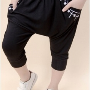 กางเกงขาขาจั้ม ปัดลายขอบกระเป๋า เท่ๆ ผ้ายืด สีดำ มีไซส์ 5