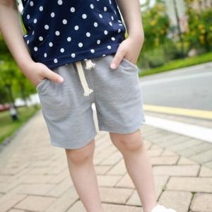 กางเกงขาสามส่วน สไตล์ลำลอง ผ้ายืดสีเทา มีไซส์ 11