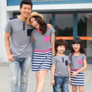 Pre -- พรีออเดอร์ ชุดครอบครัว พ่อ-แม่-ลูก คู่พ่อ-ลูกชายเสื้อยืดสีเทา คู่แม่-ลูกสาว ชุด 2 ชิ้นเดรสตัวใน+เสื้อยืดสีเทาตัวนอก กรุณาระบุไซส์