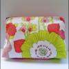 Clinique กระเป๋าเครื่องสำอางลายดอกไม้ สีสันสดใส(สินค้ามีจำนวนจำกัด)