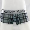 กางเกงในชาย Calvin Klein Boxer Briefs : ลายสก๊อตสีเทา แถบสีเงิน