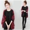 เสื้อแฟชั่นเกาหลี สีดำ ตัดต่อแขนด้านข้างลายสก๊อตโทนสีแดง
