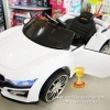 รถแบตเตอรี่เด็กนั่งไฟฟ้า รุ่น LN5880W ยี่ห้อ BMW 2M