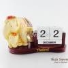 ของที่ระลึก ช้างทรงเครื่องเรซิ่นปฏิทิน รูปช้างแม่ลูก สินค้าพร้อมส่ง
