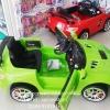 รถเบนซ์ 2 มอเตอร์ เปิดประตูได้ มี 3 สี เขียว แดง ขาว