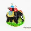 แม่เหล็กติดตู้เย็น ลวดลายช้างและคนนั่งบนหลังช้าง วัสดุเรซิ่น ชิ้นงานปั้มลายเนื้อนูน ลงสีสวยงาม