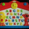 ของเล่นเสริมพัฒนาการเด็ก Sesame Street (กระดานภาษา A-Z) มือสอง ราคาถูก