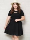 ชุดเดรสสาว Plus Size แขนสั้นผ้ายืดสีดำแต่งหัวใจซีทรูด้านหลังแต่งสายไขว้เล็กๆ