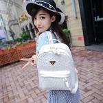 [ พร้อมส่ง ] - กระเป๋าเป้แฟชั่น สไตล์เกาหลี สีขาวสะอาด ให้ลุคคุณหนู ฉลุลายดอกไม้ทั้งใบ ดีไซน์สวยหรู สาวหวานห้ามพลาด