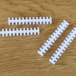 หวีจัดสายไฟทพลาสติก cable comb สีขาว