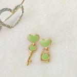 ต่างหูกุญแจไขหัวใจ สีเขียว (Key of Heart)