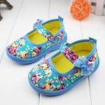 รองเท้าคัชชูผ้าหุ้มส้นเด็กหญิง ลายกุหลาบ สีฟ้า/ชมพู Size 16- 21