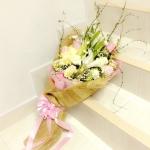 ช่อดอกไม้รวม แบบยาว กับความรักที่มั่นคง