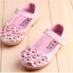 รองเท้าคัชชูเด็กหญิง สีชมพู ประดับพุ่มช่อดอกไม้ Size 26-30