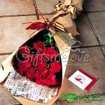 ช่อดอกไม้กุหลาบแดง หรูหราเหมาะกับวันครบรอบความ..รักที่ยาวนาน