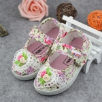 รองเท้าคัชชูผ้าดอกไม้หวานๆ น่ารัก (เท้ายาว 13-16.5 ซม.)