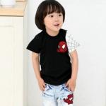 เสื้อยืดคอกลมเด็กชาย cisi ลายสไปเดอร์แมนสีดำ
