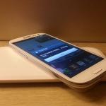 ชุดชาร็จไร้สายสำหรับ Samsung (แท่นชาร์จ + แผ่นการ์ด)