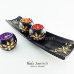 ของฝากจากไทย เชิงเทียนไม้ ที่ใส่เทียนหอม 3 ลูก พร้อมไม้จานรอง แกะสลักลายดอกไม้ วัสดุทำจากไม้