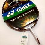 ไม้แบดมินตัน Yonex รหัส JP รุ่น VOLTRIC 80