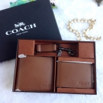 ชุดกระเป๋าสตางค์ผู้ชาย COACH COMPACT ID WALLET SPORT IN CALF LEATHER AND TRIGGER SNAP KEYFOB SET F64118