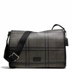 กระเป๋าผู้ชาย COACH รุ่น TATTERSALL PVC MESSENGER F71063
