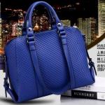 [ พร้อมส่ง Hi-End ] - กระเป๋าแฟชั่น นำเข้าสไตล์เกาหลี สีน้ำเงินอมม่วง ดีไซน์แบรนด์ดังแบบยุโรป ปรับใช้งานได้หลายรูปแบบ แบบสวยเรียบหรู คุ้มค่ามากๆค่ะ