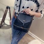 [ Pre-Order ] - กระเป๋าแฟชั่น สไตล์เกาหลี สีดำคลาสสิค สามารถทำเป็นเป้น่ารักๆได้ ดีไซน์สวยเก๋ไม่ซ้ำใคร มีสายสะพายยาว