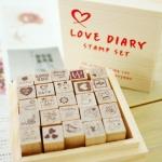 """ตัวแสตมป์น่ารัก ในกล่องไม้ """"Love Diary"""" 25 ชิ้น"""