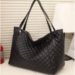 [ พร้อมส่ง ] - กระเป๋าแฟชั่น นำเข้าสไตล์เกาหลี สีดำ เย็บลายตาราง ดีไซน์สวยเก๋ ทรง Shopping ใบใหญ่
