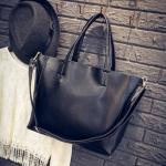 [ พร้อมส่ง ] - กระเป๋าแฟชั่น นำเข้าสไตล์เกาหลี สีดำ สไตล์แบรนด์ดังทรง Shopping ใบใหญ่ มาพร้อม กระเป๋าลูก 1 ใบ เหมาะกับทุกโอกาสการใช้งานค่ะ