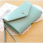 [ พร้อมส่ง ] - กระเป๋าสตางค์แฟชั่น สไตล์เกาหลี สีฟ้า ใบกลาง แต่งมงกุฎ งานสวยน่ารัก น่าใช้มากๆค่ะ