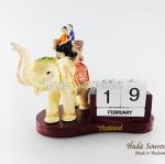 ของที่ระลึก ช้างทรงเครื่องเรซิ่นปฏิทิน รูปคนนั่งบนหลังช้าง สินค้าพร้อมส่ง