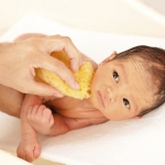 ฟองน้ำ ผ้าคลุมอาบน้ำเด็ก