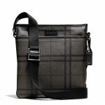 กระเป๋าผู้ชาย COACH รุ่น TATTERSALL PVC TECH CROSSBODY F71061