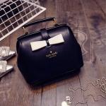 [ พร้อมส่ง ] - กระเป๋าแฟชั่น นำเข้าสไตล์เกาหลี สีดำคลาสสิค โบว์สีครีม ทรง Retro เก๋ๆ ดีไซน์น่ารักแบบเก๋มากๆ เหมาะสำหรับสาวๆ น่ารักๆ