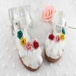 รองเท้าเด็กหญิง รัดส้น หนังสีขาว กุหลาบวินเทจ ใส่เที่ยว-ออกงานได้ Size 27 28 30