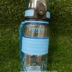 กระติกน้ำแบบยกดื่มลายสติชสีฟ้า