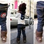 กางเกงยีนส์ ขาเดฟ เอวยางยืด ปักลายกระเป๋าหลังเท่ๆ ด้านในบุผ้าหนาใส่กันหนาวได้อุ่นๆค่ะ ( Size 5 )