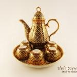 ของขวัญปีใหม่ให้ผู้ใหญ่ ชุดน้ำชาเบญจรงค์ทรงกาอ้วน ขนาดกลาง ลวดลายสวนน้ำเงินลายเนื้อนูนเคลือบด้าน