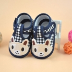 รองเท้าเด็กอ่อน รูปหมีสีกรมท่าลายสก๊อต