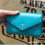 [ พร้อมส่ง ] - กระเป๋าสตางค์แฟชั่น สไตล์เกาหลี สีฟ้าเข้ม ใบยาว(รุ่นใหม่) แต่งมงกุฎ งานสวยน่ารัก น่าใช้มากๆค่ะ
