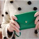 [ Pre-Order ] - กระเป๋าสตางค์แฟชั่น สไตล์เกาหลี สีเขียวเข้ม ใบเล็ก แต่งมงกุฎ งานสวยน่ารัก น่าใช้มากๆค่ะ