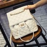 [ พร้อมส่ง ] - กระเป๋าเป้แฟชั่น สีเบจเรียบหรู ใบกลางๆ เย็บตารางทั้งใบสุดหรู ดีไซน์สวยสไตล์แบรนด์ดัง โดดเด่นไม่ซ้ำใคร สวยสุดมั่น เหมาะกับสาว ๆ ที่ชอบกระเป๋าเป้