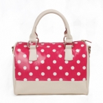 กระเป๋าแฟชั่น HowRU สีชมพู Polka dot ทรงหมอน หนังPU เนื้อดี ถือได้ สะพายได้ กระทัดรัด Socute