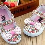 รองเท้าคัชชูผ้าเด็กหญิง Size 17-22 ลายดอกไม้สีชมพู